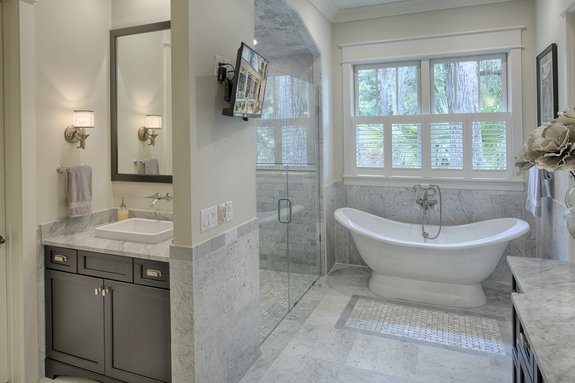 Clever Idea: A Surprise Window in Small Bathroom