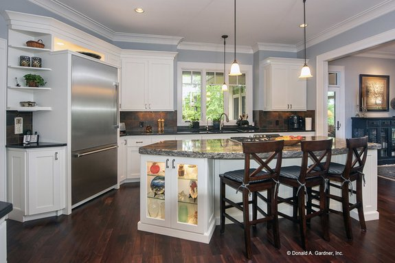 Trending: House Plans with Large Kitchens