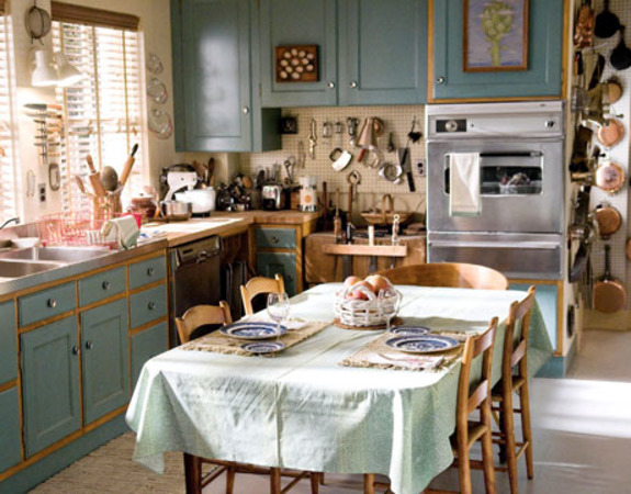 Kitchen Tables and Other Islands