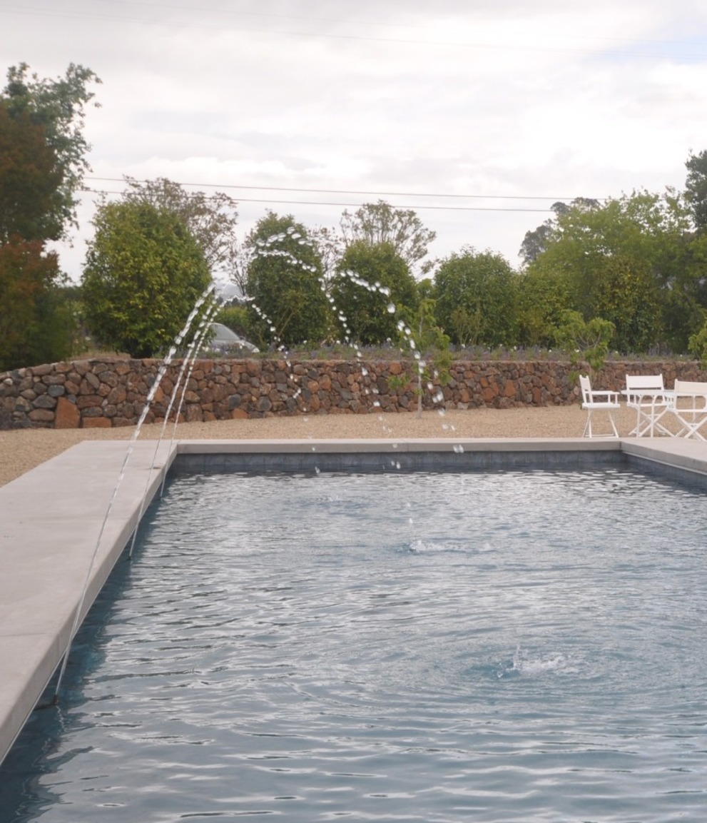 Modern Pool Detail: Project Update 508-1