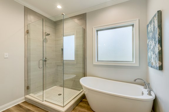 Small Bath with Steam Shower