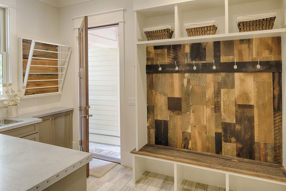 Cool House Plans with Mudrooms