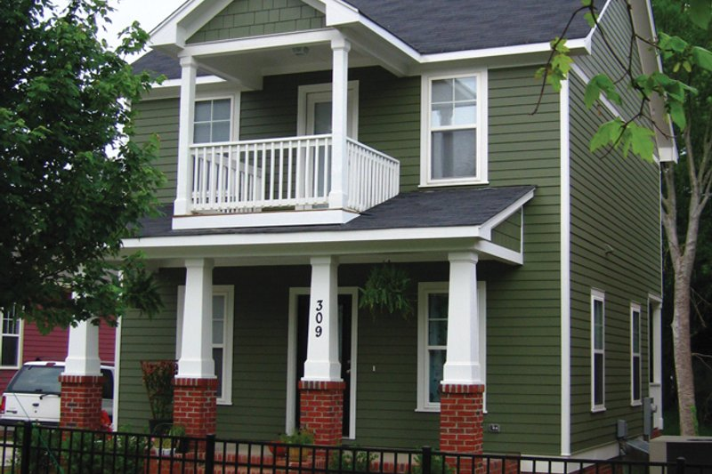 Craftsman Exterior - Front Elevation Plan #936-21 - Houseplans.com