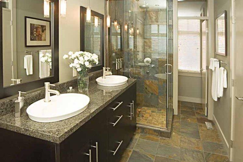 Craftsman Interior - Master Bathroom Plan #929-872 - Houseplans.com
