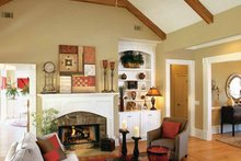 Craftsman Interior - Family Room Plan #927-917