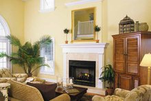 Traditional Interior - Family Room Plan #930-156
