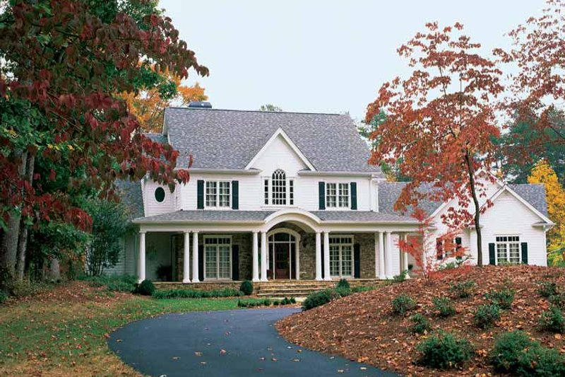 Colonial Exterior - Front Elevation Plan #71-148