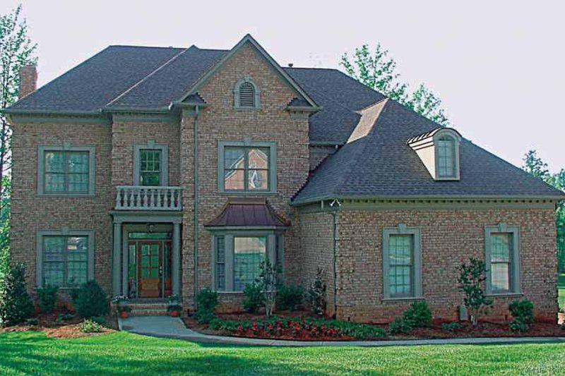 Colonial Exterior - Front Elevation Plan #453-223 - Houseplans.com