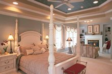 Mediterranean Interior - Bedroom Plan #927-152