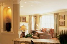 Traditional Interior - Family Room Plan #927-573