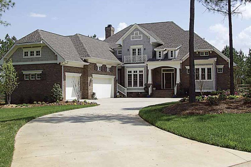 Craftsman Exterior - Front Elevation Plan #453-363 - Houseplans.com