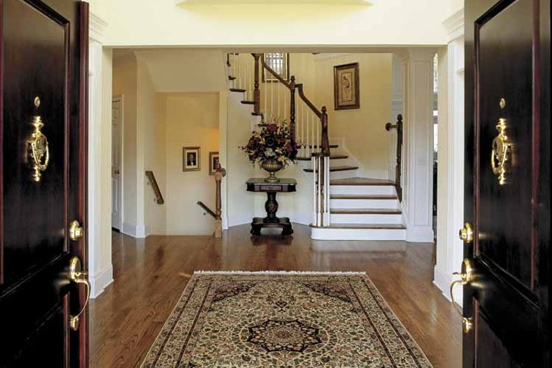 Colonial Interior - Entry Plan #927-174 - Houseplans.com