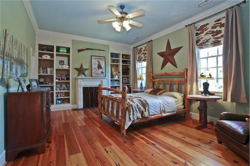 Classical Interior - Bedroom Plan #137-311 - Houseplans.com