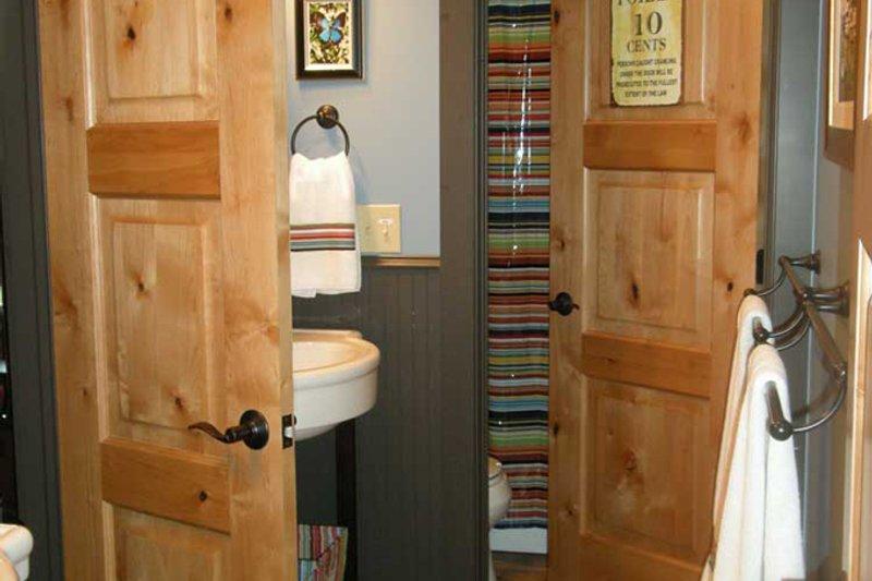 Country Interior - Bathroom Plan #942-27 - Houseplans.com