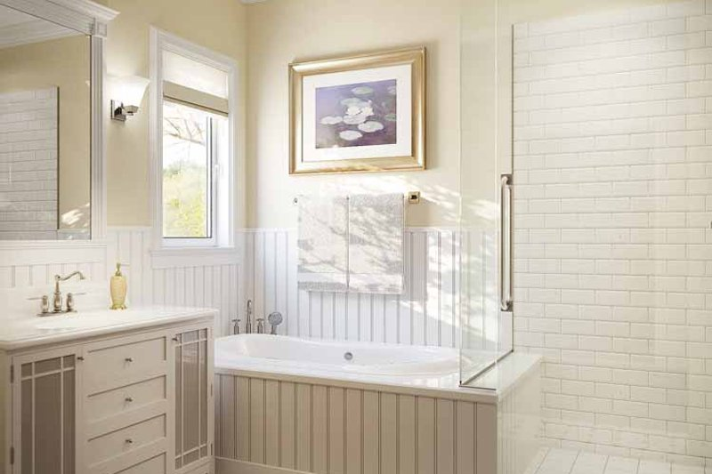 Country Interior - Master Bathroom Plan #938-3 - Houseplans.com
