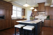 Colonial Interior - Kitchen Plan #928-298