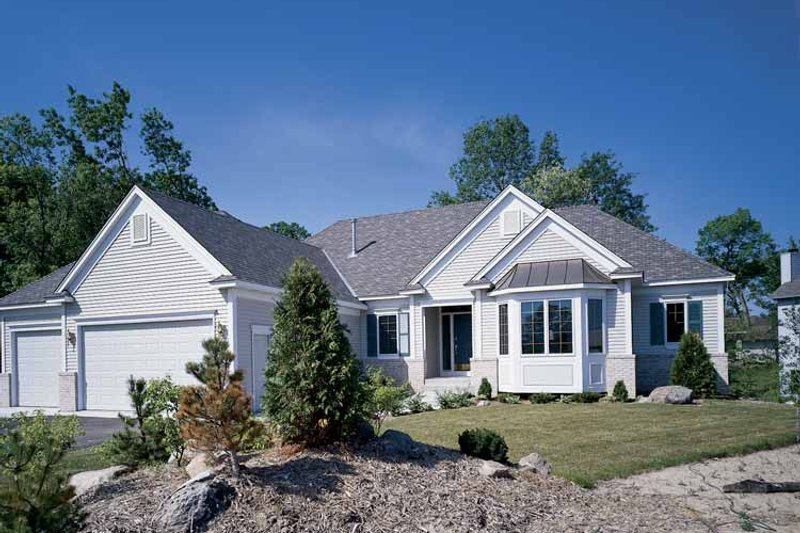 Home Plan - Traditional Exterior - Front Elevation Plan #320-917