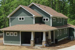 Architectural House Design - Craftsman Exterior - Front Elevation Plan #939-10