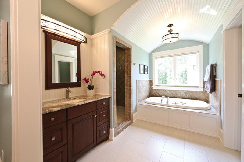 European Interior - Master Bathroom Plan #928-267 - Houseplans.com