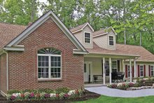 Country Exterior - Front Elevation Plan #314-220