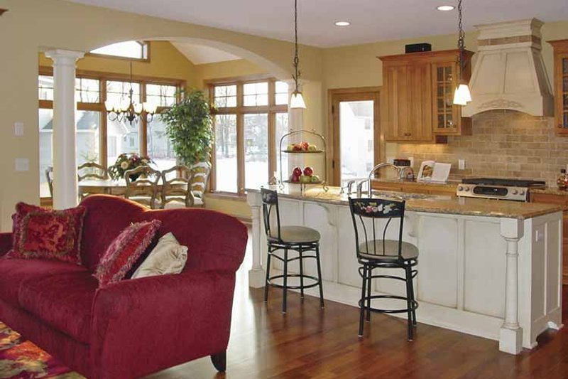 Craftsman Interior - Kitchen Plan #320-997 - Houseplans.com