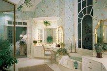 Home Plan - Colonial Interior - Bathroom Plan #71-147
