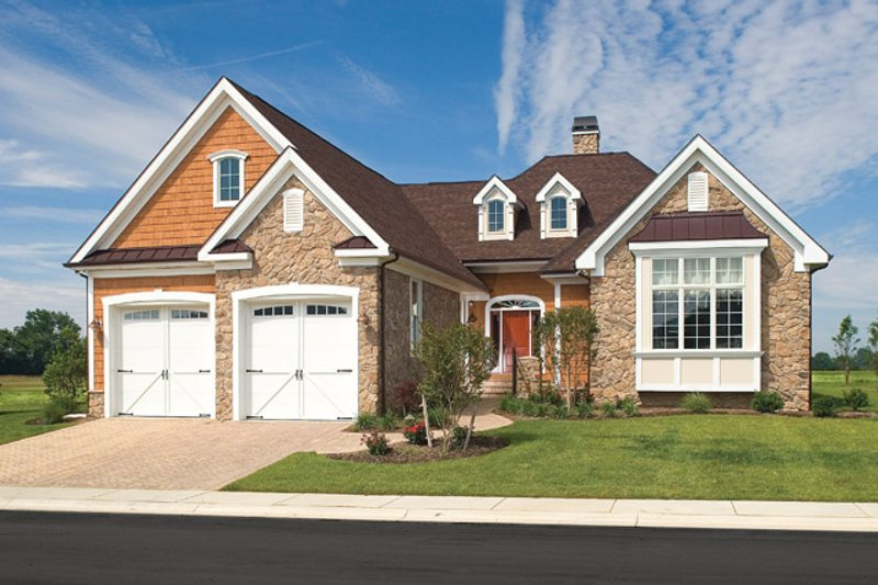 House Plan Design - Country Exterior - Front Elevation Plan #929-694