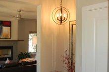 Home Plan - Prairie Interior - Entry Plan #895-78
