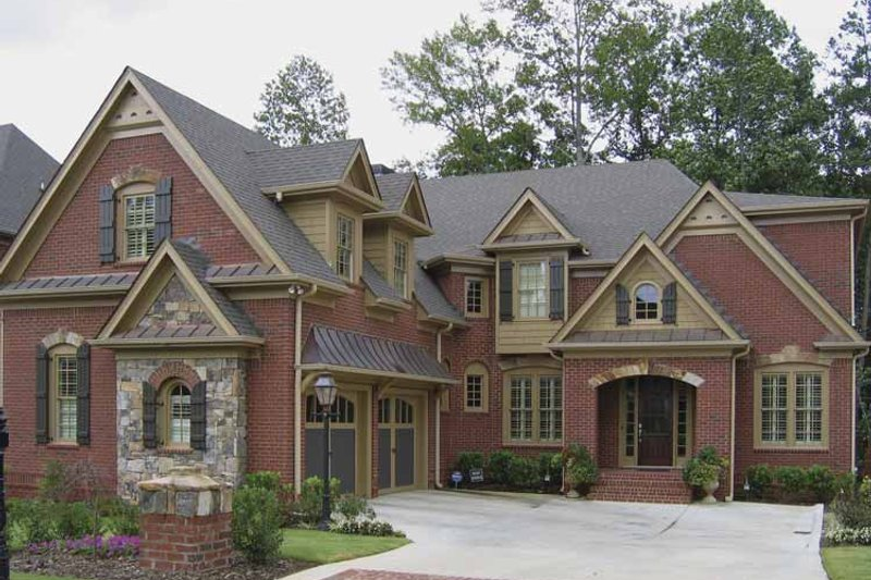 Traditional Exterior - Front Elevation Plan #54-318 - Houseplans.com