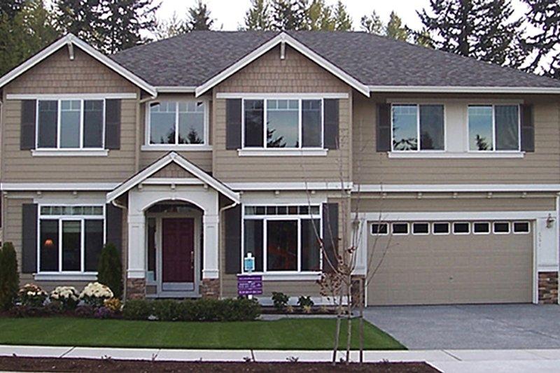 Architectural House Design - Craftsman Exterior - Front Elevation Plan #951-1