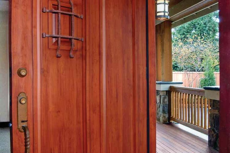 Craftsman Interior - Entry Plan #132-244 - Houseplans.com
