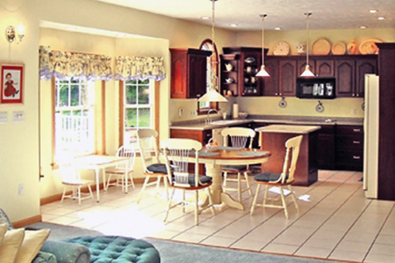 Traditional Interior - Kitchen Plan #314-277 - Houseplans.com