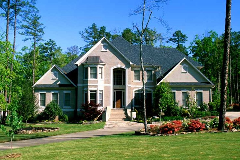 Dream House Plan - Traditional Exterior - Front Elevation Plan #17-3126