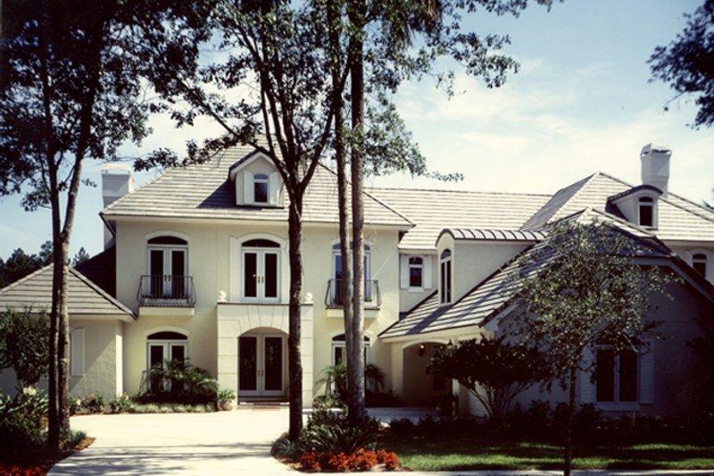 House Plan Design - Mediterranean Exterior - Front Elevation Plan #417-796