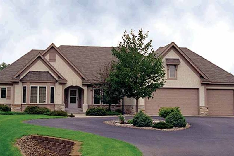 Dream House Plan - Country Exterior - Front Elevation Plan #51-793
