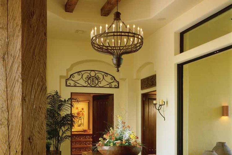 Mediterranean Interior - Entry Plan #930-97 - Houseplans.com