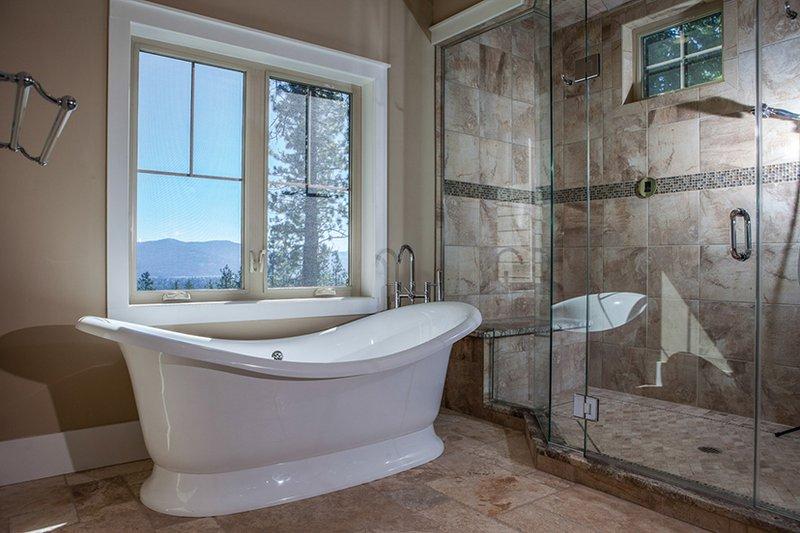 Craftsman Interior - Master Bathroom Plan #928-280 - Houseplans.com