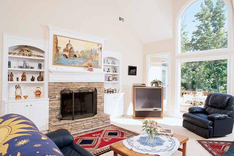Country Interior - Family Room Plan #927-67 - Houseplans.com