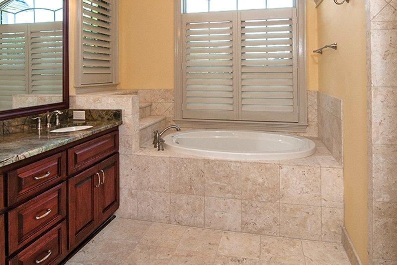 Traditional Interior - Master Bathroom Plan #929-874 - Houseplans.com