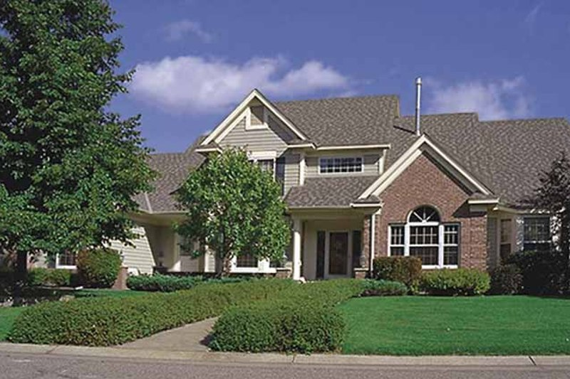 Traditional Exterior - Front Elevation Plan #51-954 - Houseplans.com