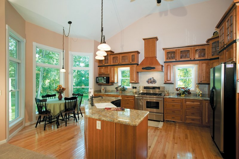 Craftsman Interior - Kitchen Plan #120-198 - Houseplans.com