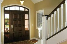 Traditional Interior - Entry Plan #928-222