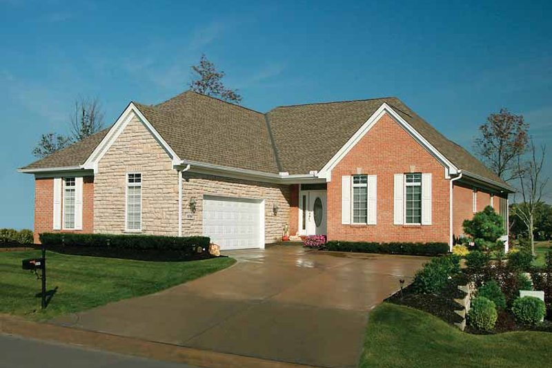 Country Exterior - Front Elevation Plan #46-710