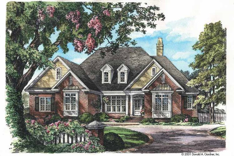 Traditional Exterior - Front Elevation Plan #929-605 - Houseplans.com