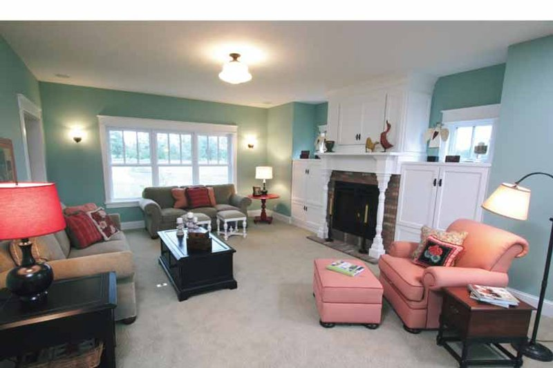 Craftsman Interior - Family Room Plan #928-39 - Houseplans.com
