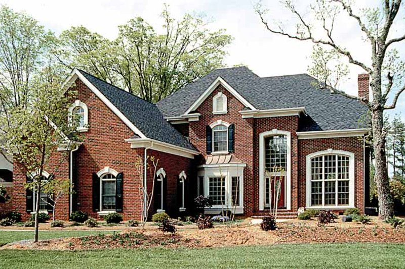 Traditional Exterior - Front Elevation Plan #453-224 - Houseplans.com
