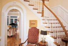 Home Plan Design - Classical Interior - Entry Plan #429-85
