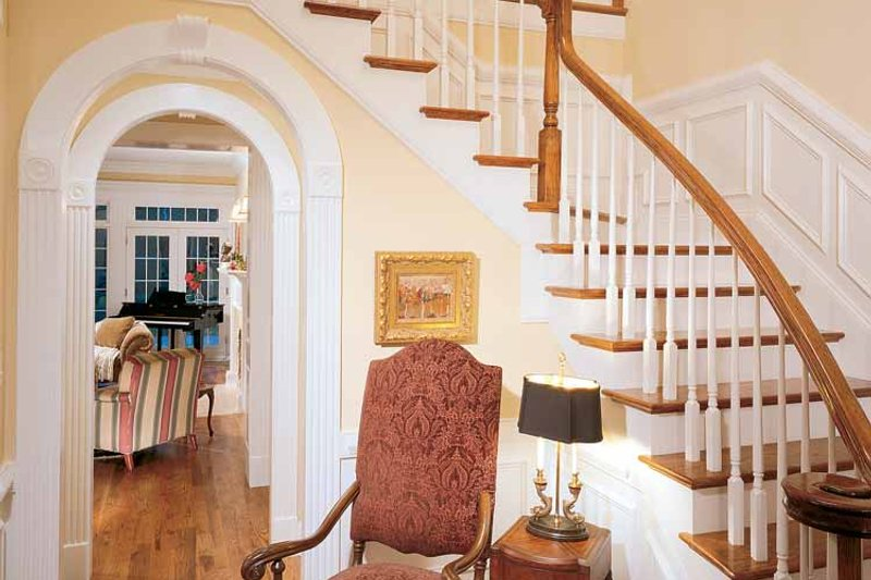 Classical Interior - Entry Plan #429-85 - Houseplans.com