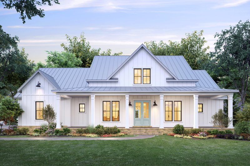 Farmhouse Style House Plan - 4 Beds 3 Baths 2716 Sq/Ft Plan #1074-30 Exterior - Front Elevation