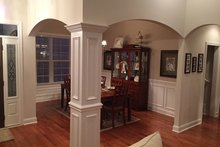 Craftsman Interior - Dining Room Plan #927-566